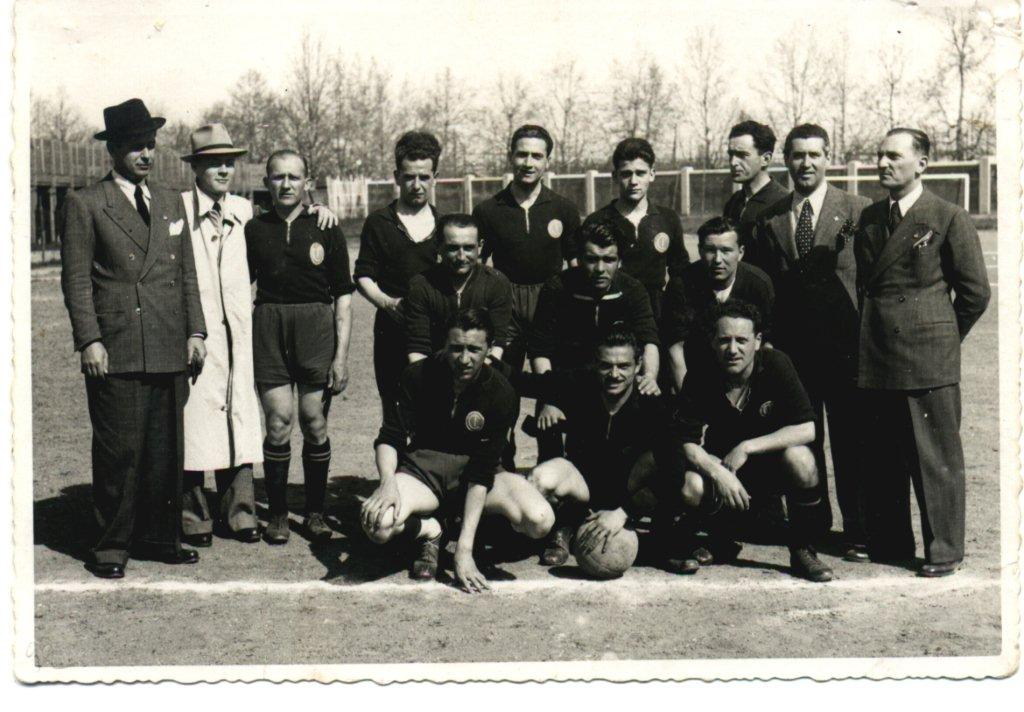 Arbitri-Dirigenti 1941.jpg